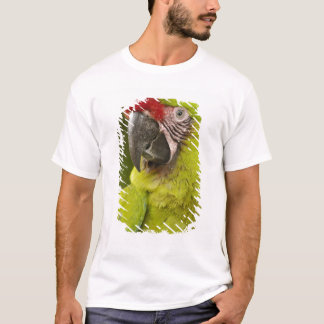 Militärmacaw (Ara militaris) GEFANGENER. Amazonas T-Shirt