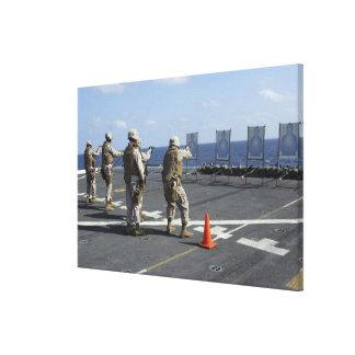 Militärpolizistzug mit dem Berretta M9 Galerie Falt Leinwand