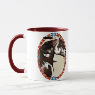 Mit Federn versehene Farben-Pferdeoval-Tassen Tasse