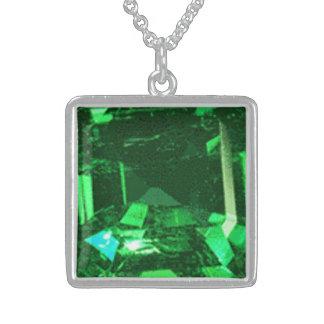 Mittlerer Sterlingsilber-Quadrat-Halskettensmaragd Sterling Silberkette