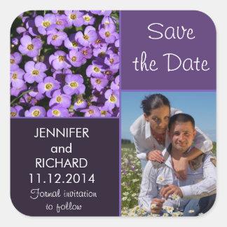 moderner Save the Date Fotoaufkleber der lila Quadratischer Aufkleber