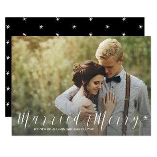 Modernes gerade verheiratetes und fröhliches 12,7 x 17,8 cm einladungskarte