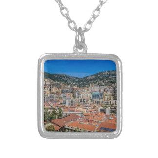 Monaco-Skyline Versilberte Kette
