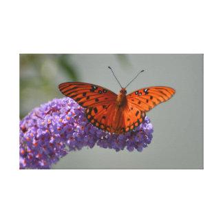 Monarch-Stillstehen lila Leinwanddruck