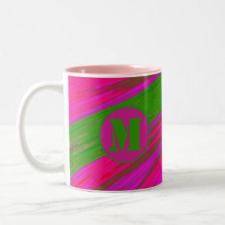 Monogramm-hellgrüner rosa FarbSwish Zweifarbige Tasse