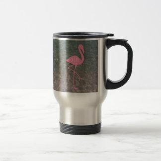 Monogramm-rosa Flamingo + Ozean-Wasser Reisebecher
