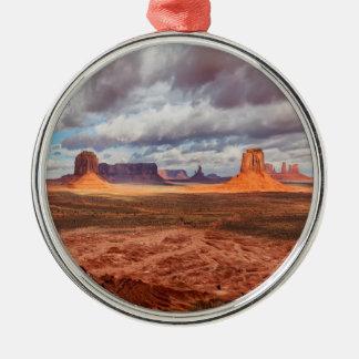 Monumenttallandschaft, AZ Silbernes Ornament