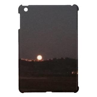 Moonrise auf den Hügeln iPad Mini Hülle