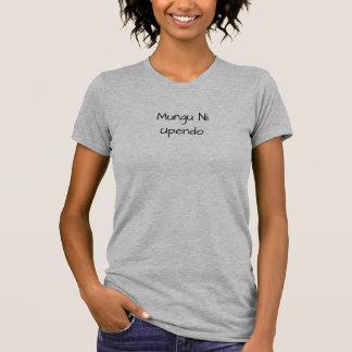 Mungu Ni upendo - Gott ist Liebe auf Suaheli T-Shirt