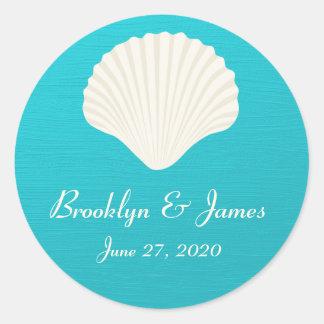 Muscheln auf Strand-Hochzeits-Aufklebern Runder Aufkleber