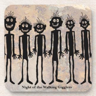 Nacht der gehenden Gigglers Petroglyphe Untersetzer