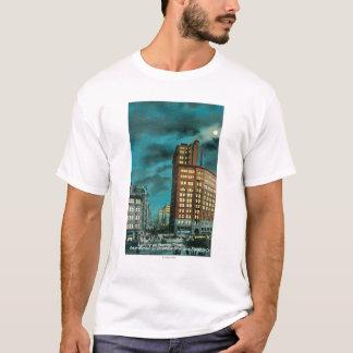 Nachtansicht herauf Kearney St. an der Chronik Gbd T-Shirt