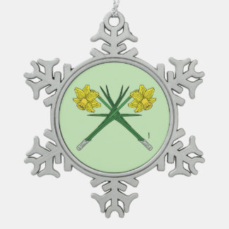 Narzissen gekreuzt schneeflocken Zinn-Ornament