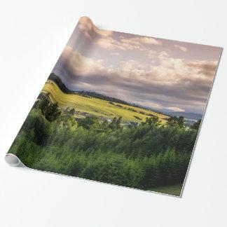 Natur-Sonnenuntergang-Hügel-Landschaft in Polen Geschenkpapier