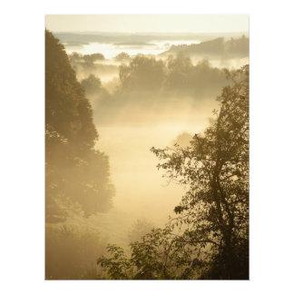 Nebelhafte Täler Fotodruck