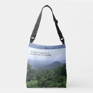 Nebelhafter Regenwald Tragetaschen Mit Langen Trägern