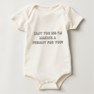 Neigung, die Sie sehen, dass ich ein Geschenk für Baby Strampler