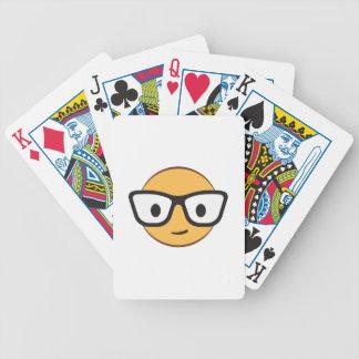 Nerdlächelngesicht AdobeStock_122200113.ai Spielkarten