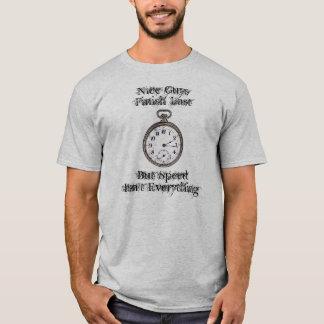 Nette Typen beenden zuletzt, aber Geschwindigkeit T-Shirt