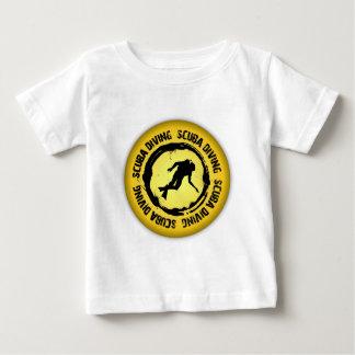 Nettes Sporttauchen-Siegel Baby T-shirt