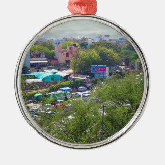 Neu-Delhi Indien Verkehrsansichten von den Rundes Silberfarbenes Ornament