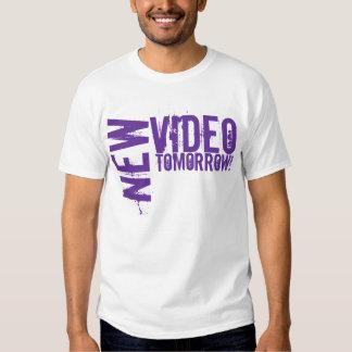 Neues Video morgen! Shirts