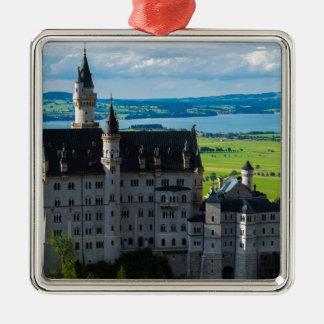 Neuschwanstein-Schloss - Bayern - Deutschland Quadratisches Silberfarbenes Ornament