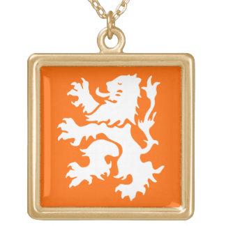 Niederländischer Löwe zügellos Halskette Mit Quadratischem Anhänger