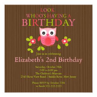 Niedliche moderne Eulen-Geburtstags-Party Personalisierte Ankündigungskarten