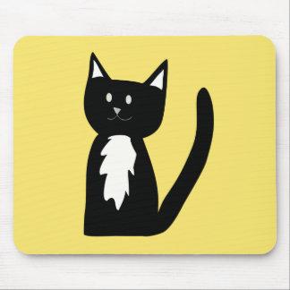 Niedliche Schwarzweiss-Tuxedo-Katze Mousepads