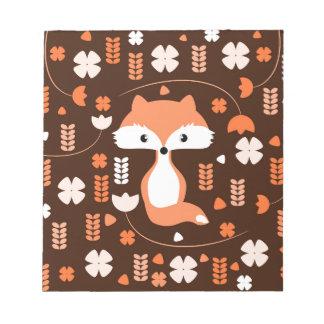 Niedlicher Fuchs, Blumen und Blätter in der Orange Notizblock