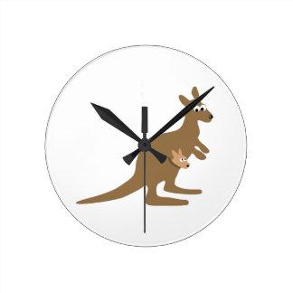 Niedlicher Känguru und Joey Uhren