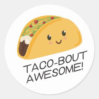 Niedlicher Kawaii Taco Taco-Kampf fantastisch Runder Aufkleber