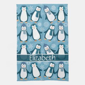 Niedlicher Winterpenguins-Entwurf addieren Namen Küchenhandtuch
