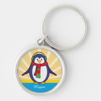 Niedliches Penguin-Weihnachten mit Ihrem Namen Silberfarbener Runder Schlüsselanhänger