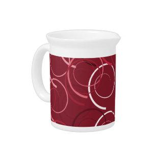Niedliches und schönes magentarotes getränke pitcher