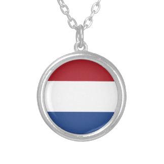 Niedrige Kosten! Niederländische Flagge Versilberte Kette