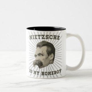 Nietzsche ist meine Homeboy-Tasse Zweifarbige Tasse