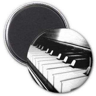 Noble schwarze u. weiße Klavier-Fotografie Kühlschrankmagnet