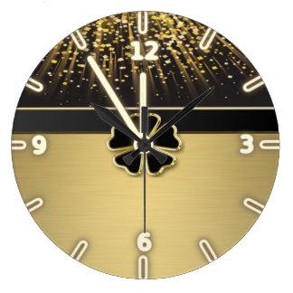 Nobles elegantes irisches Kleeblatt, Uhr