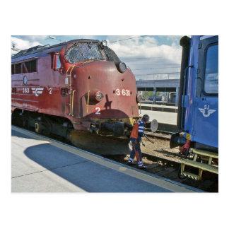 NOHAB Diesel, wenn Sie vor Schweden-Zug verbunden Postkarte