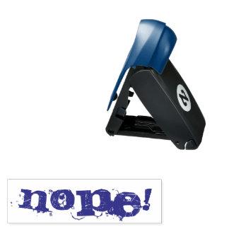NOPE! Violette/blaue Tinte der Briefmarke - Taschenstempel