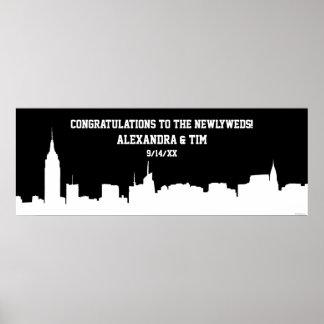 NYC Skyline-Silhouette-Hochzeits-Party-Fahne weiß Poster