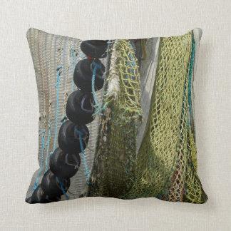 oder abstrakte Strandfischereiinnennetze im Freien Kissen