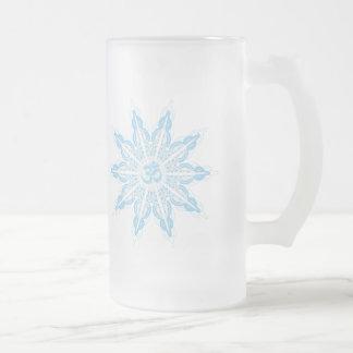 """""""OM-Schneeflocke"""" auf mattierter GlasTasse Mattglas Bierglas"""
