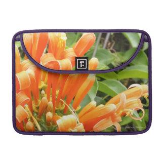 Orange Blume Macbook Prohülse MacBook Pro Sleeves