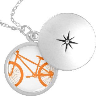 Orange Fahrrad Versilberte Kette