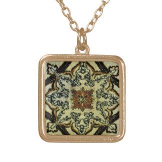 Orientalische Sahnewolldecke Vergoldete Kette