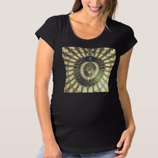 Orientalische Sonne Umstands-T-Shirt