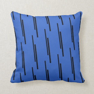 Ornamentales Blaues und Schwarzes Kissen Diagonale